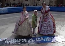 La Plaza de la Virgen de Valencia se viste de Hockey