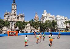 Hockey en la Plaza del Ayuntamiento de Valencia